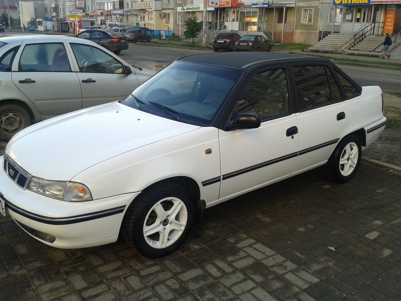 Daewoo Nexia — оклейка автомобиля белым глянцем — июль 2013