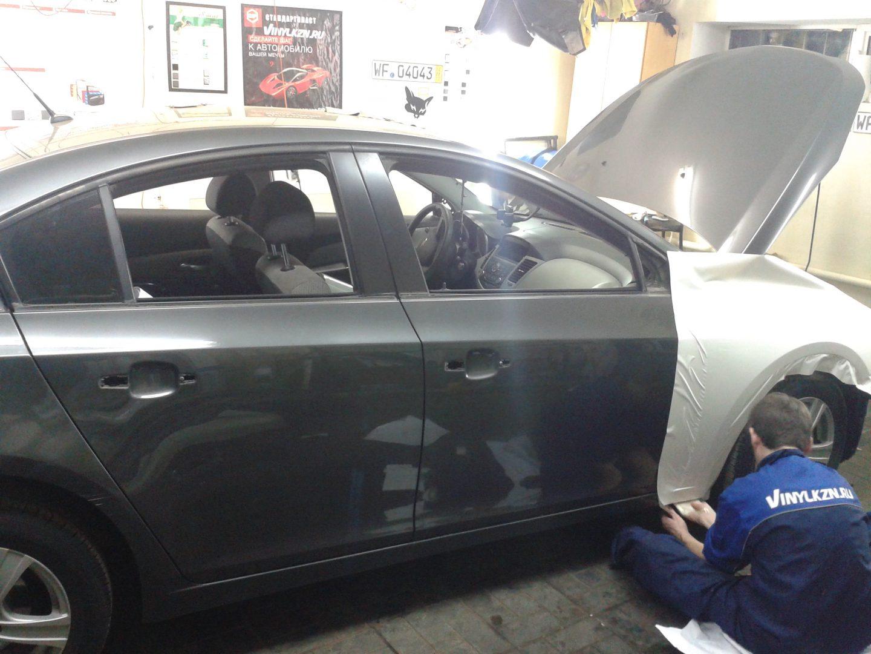 Chevrolet Cruze — оклейка авто белой глянцевой пленкой — 28.10.2013