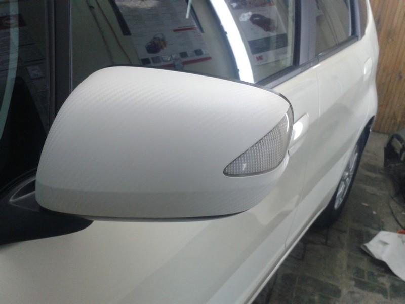 Honda Fit — оклейка  белым 3D карбоном —  18.11.2013
