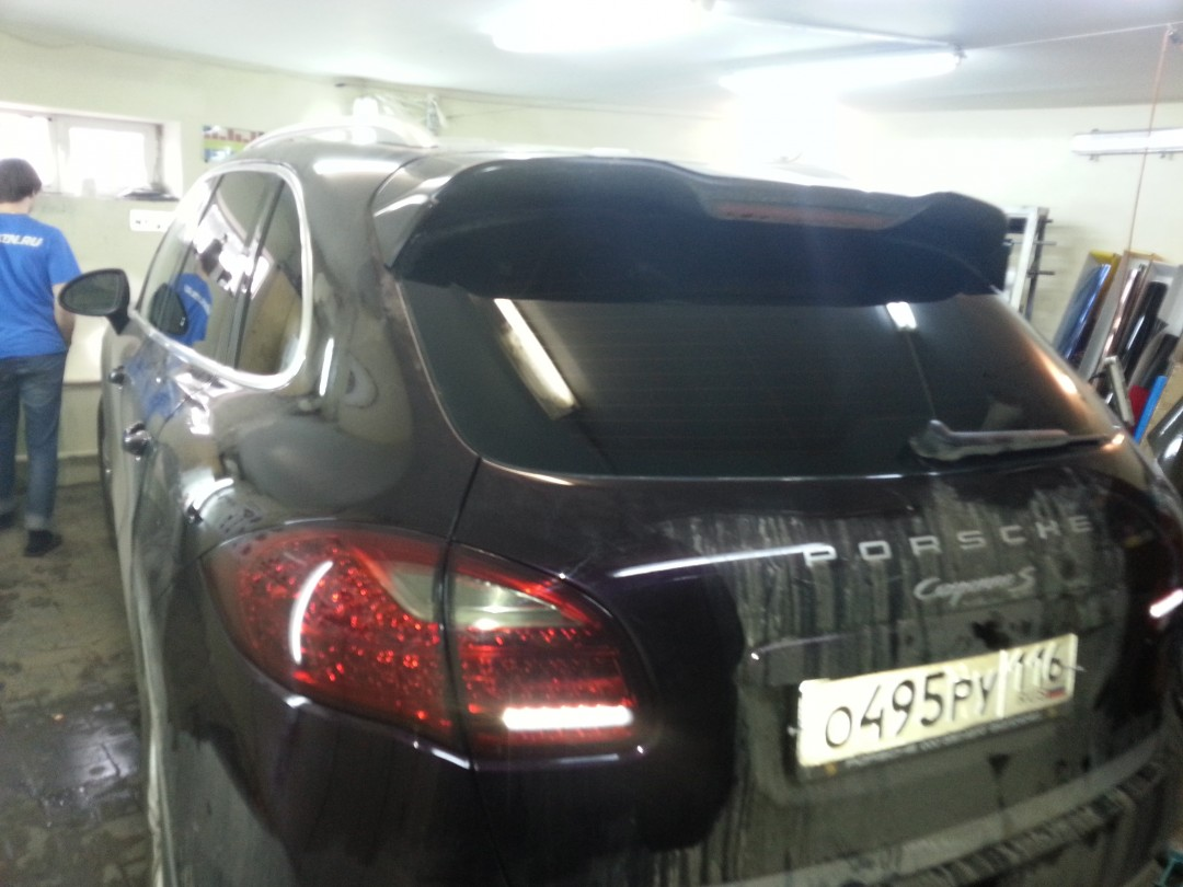 Porsche Cayenne S — тонировка стекол авто и задних фонарей — 31.03.2014