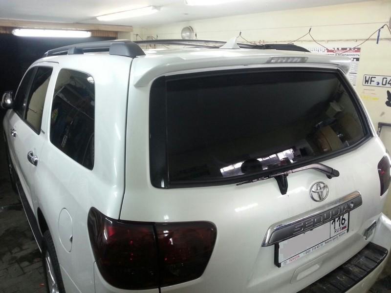 Toyota Sequoia —  тонировка автомобиля, тонировка фар — август 2014