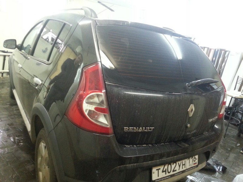 Renault Sandero —  тонировка авто, цена 1800 рублей — октябрь 2014
