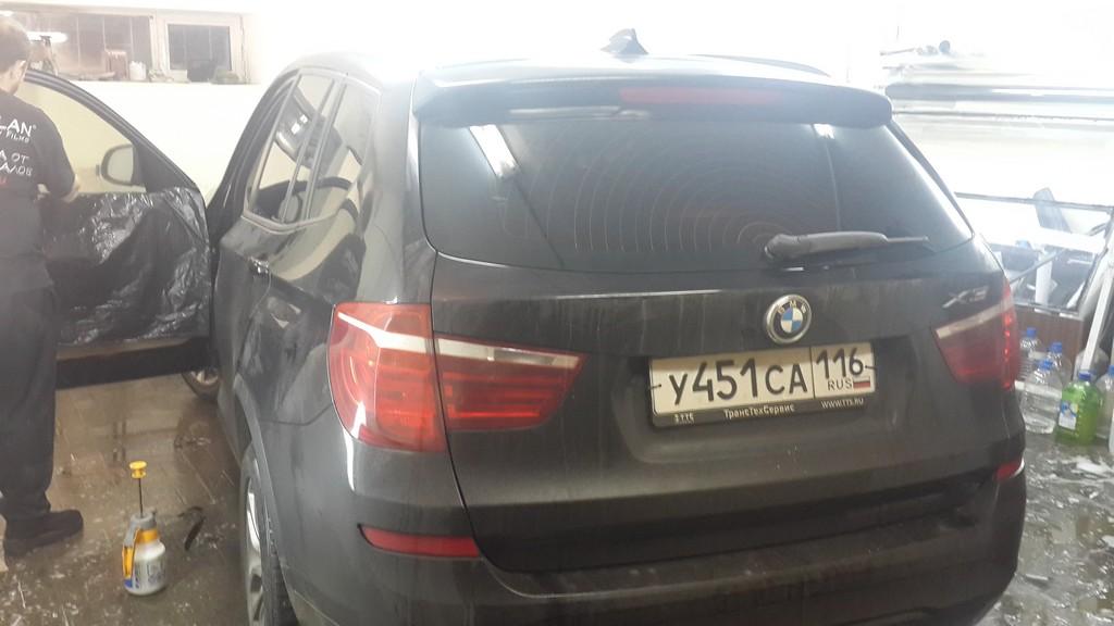 BMW X3 — тонировка задней части и передних стекол, затемнение фар — февраль 2015