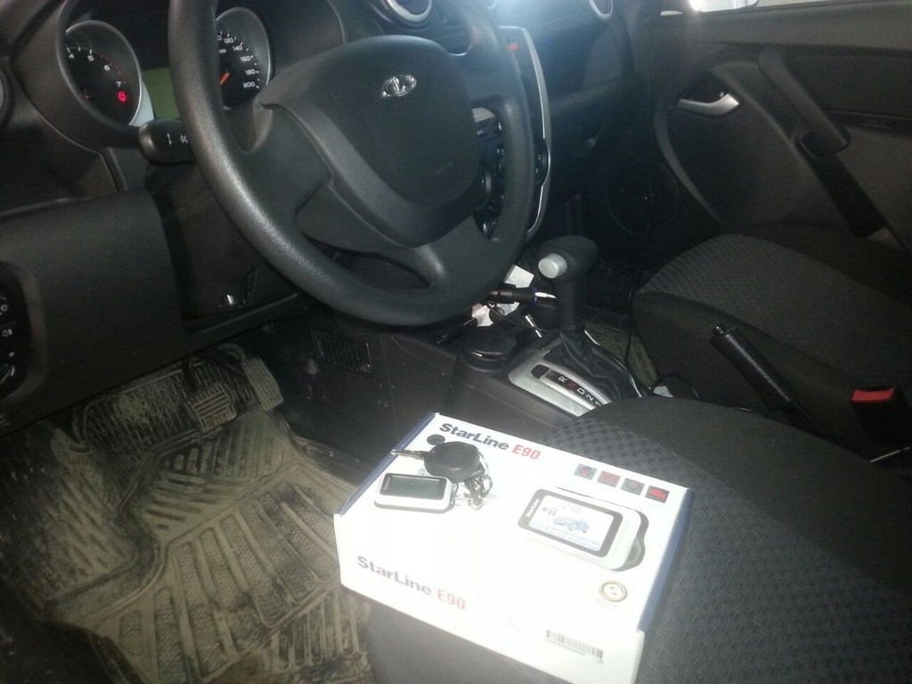 Лада Гранта — сертифицированная установка сигнализации с автозапуском Star Line E90, тонировка задней части авто — февраль 2015