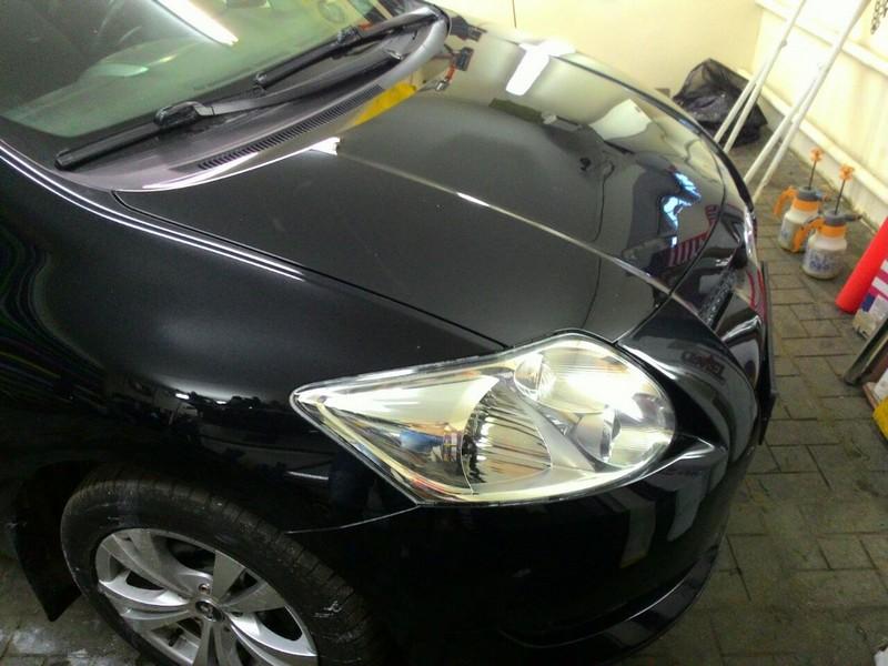 Toyota Auris — полная глубокая полировка, цена 6000 руб.