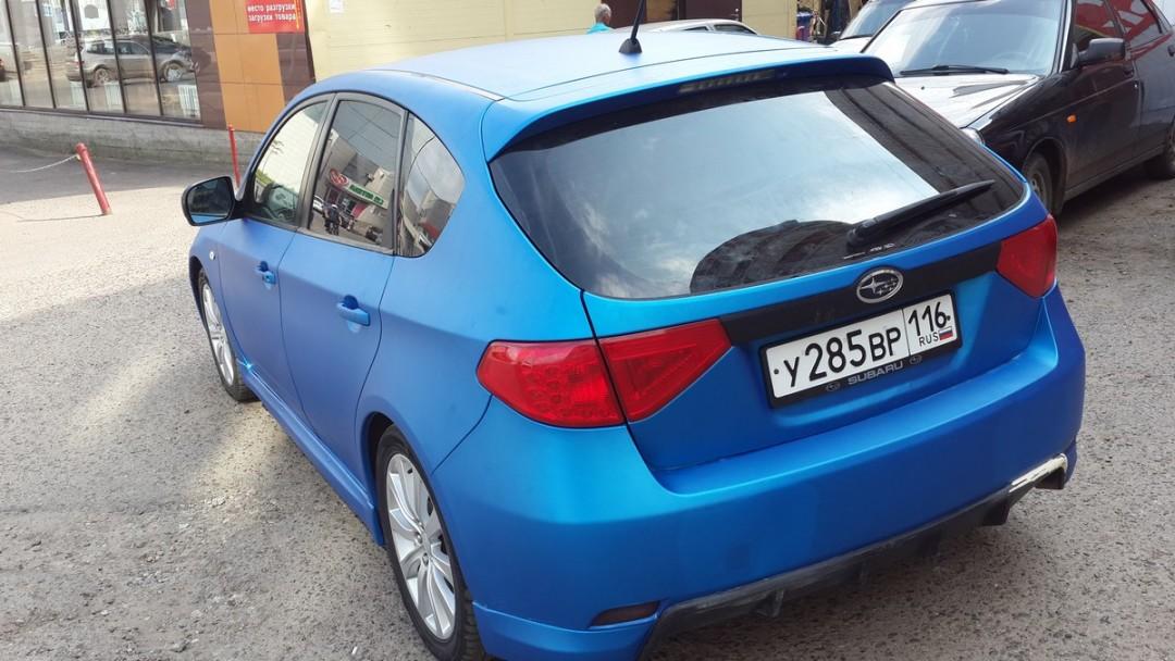 Subaru Impreza — полная оклейка авто синей матовой пленкой