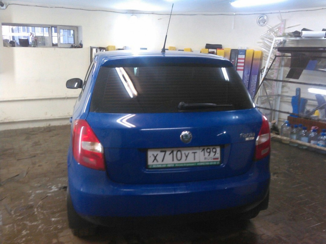 Skoda Fabia, тонировка авто, цена 2000 руб.