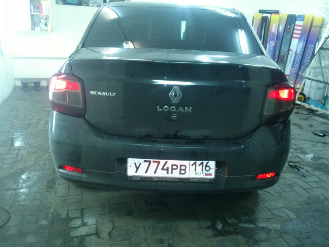 Renault Logan — тонировка стекол авто цена 2000 руб., тонировка фар 800 руб.
