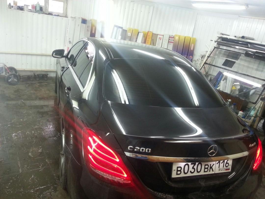 Mercedes-Benz C-klasse — тонировка задней части авто пленкой Johnson 95%, передних стекол 30%