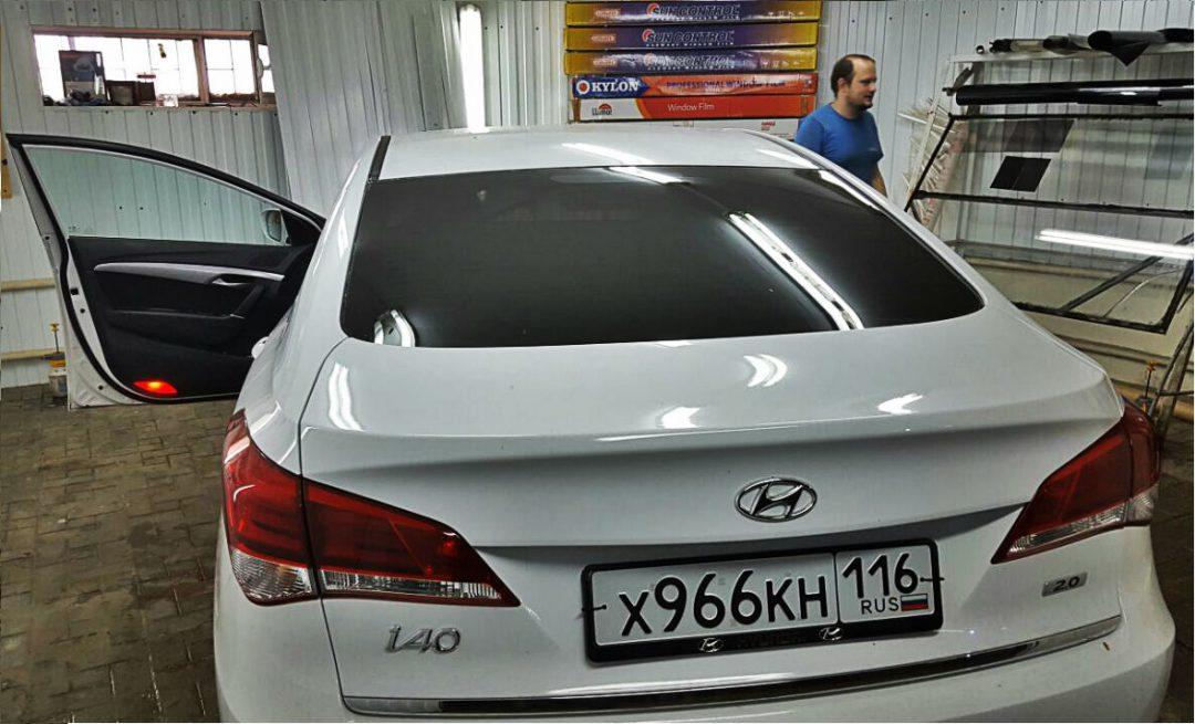 Тонировка задней части авто пленкой ULTRA VISION — Hyundai i40
