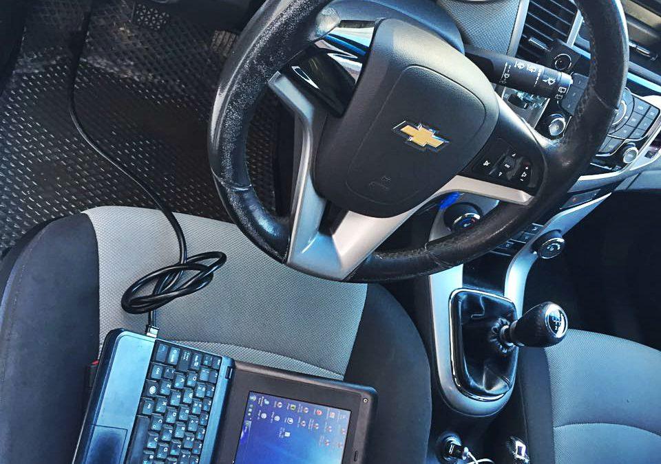Корректировка пробега Chevrolet Cruze, цена 1500 руб.