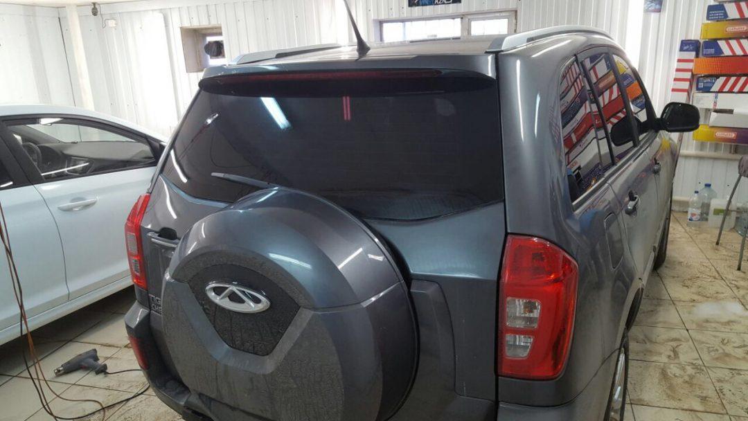 Тонировка задней части автомобиля Chery Tiggo