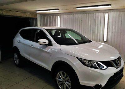 Оклейка автомобиля пленкой белый глянец для такси — Nissan Qashqai