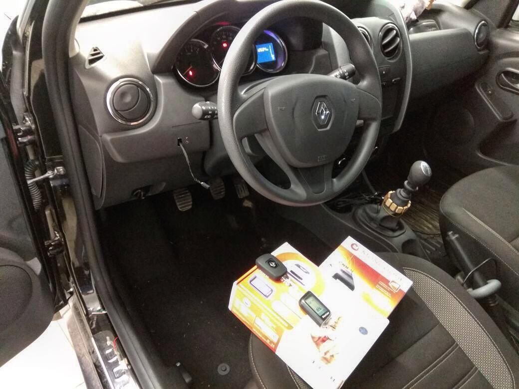 Сертифицированная установка сигнализации Starline A93 на автомобиль Renault Duster