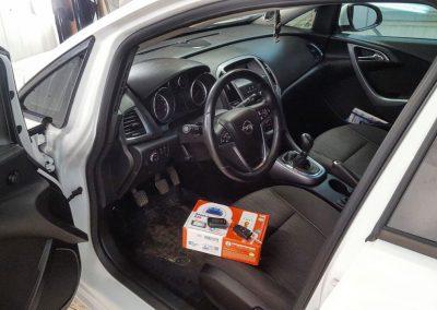 Сертифицированная установка автосигнализации StarLine A93 — Opel Astra