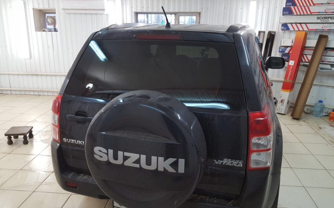 Тонировка задней части авто плёнкой Llumar ATR 05% — Suzuki Grand Vitara
