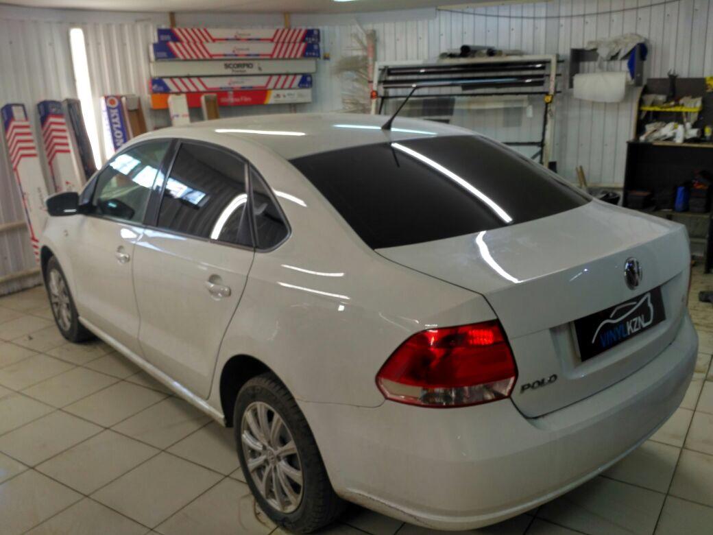 Тонировка задней части авто пленкой Ultra Vision Supreme HP 05 CH SR HPR (Thermo) — VW Polo