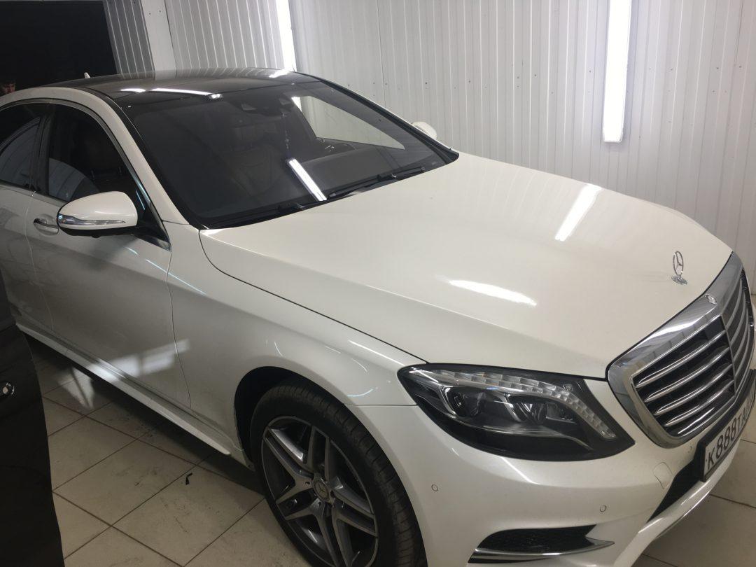 Тонировка пленкой Llumar 95% автомобиля Mercedes-Benz S-klasse W222
