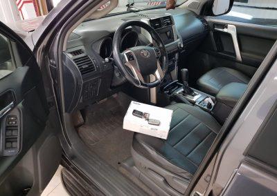 Сертифицированная установка сигнализации Starline A93 на автомобиль Toyota Land Cruiser Prado