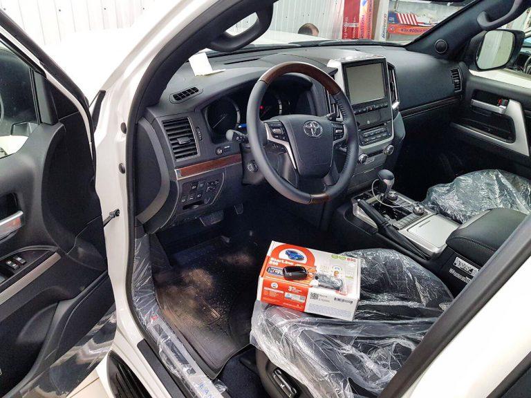 Сертифицированная установка сигнализации с автозапуском Starline B96 — Toyota Land Cruiser 200 Executive White