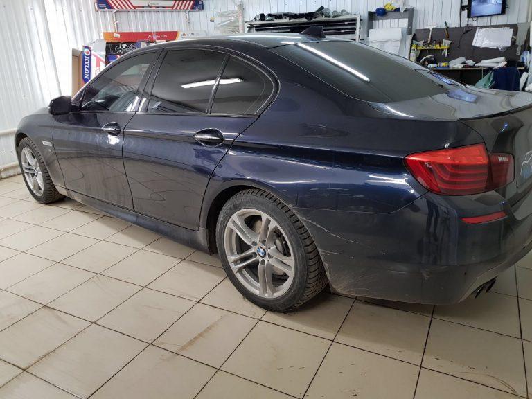 Тонировка пленкой Llumar ATR 05% задней части авто, передние боковые 50% — BMW 5