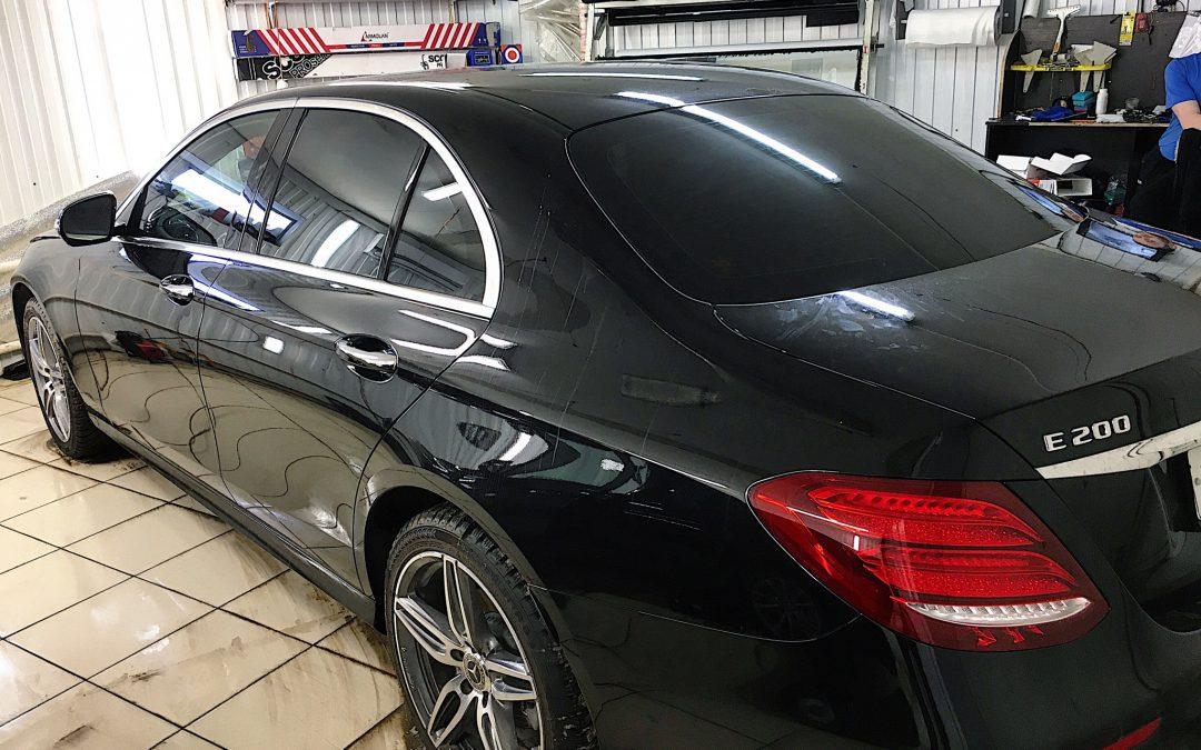 Тонировка задней части 95%, лобового стекла атермальной пленкой Armolan Spectrum 80 — Mercedes E200