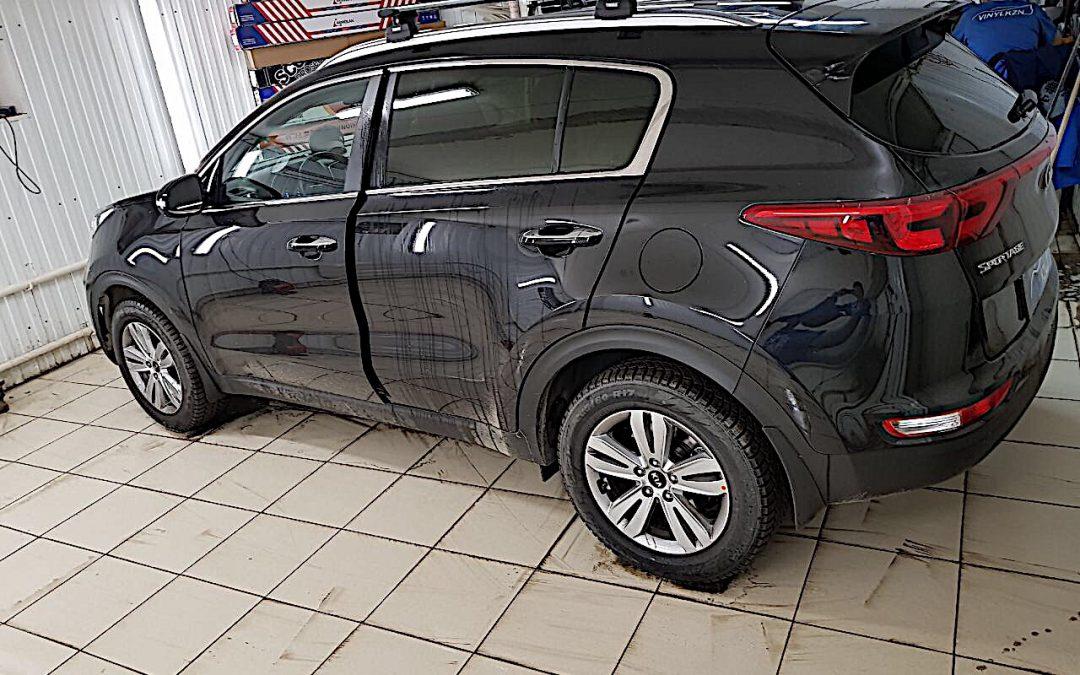 Тонировка пленкой Armolan Onyx 05 стекол автомобиля Kia Sportage