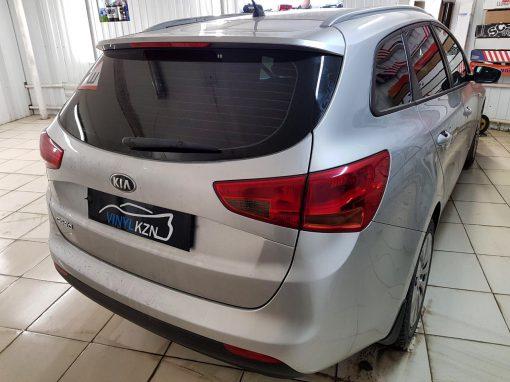 Тонировка пленкой Carbon 95% задней части авто Kia Ceed