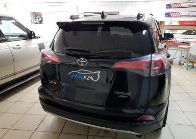 Тонировка пленкой Johnson 95% стекол авто Toyota Rav4
