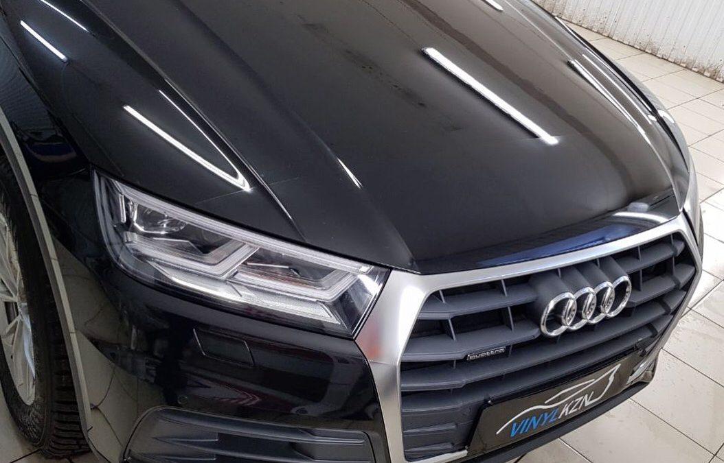 Бронирование антигравийной плёнкой капота, фар, бампера и погрузочной части заднего бампера, части крыши и под ручками — Audi Q5