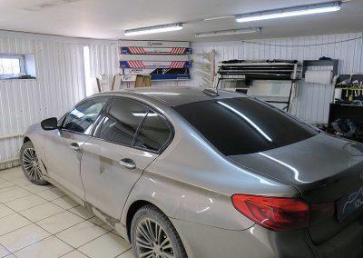 Тонировка пленкой Llumar 95% задней части автомобиля BMW 5 G30