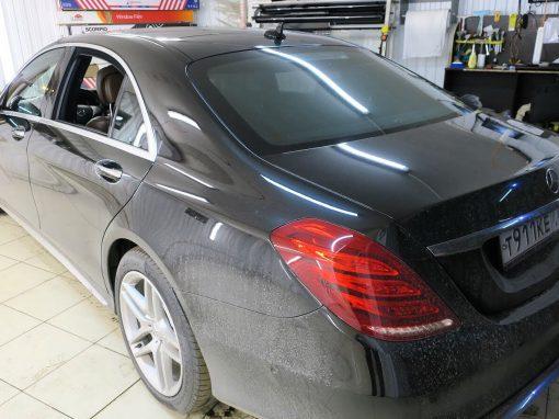 Ремонт шторок затемнения двери — Mercedes W222