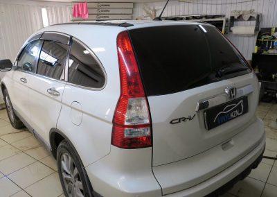 Тонировка пленкой Llumar 95% задней части Honda CRV