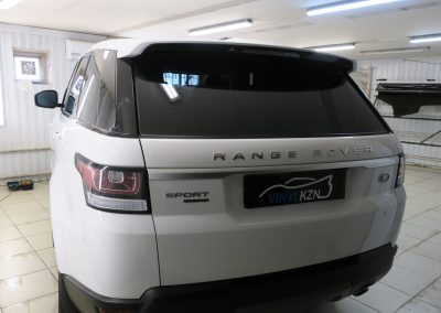 Тонировка пленкой Llumar 95%, задняя часть Johnson Ceramics — Range Rover Sport