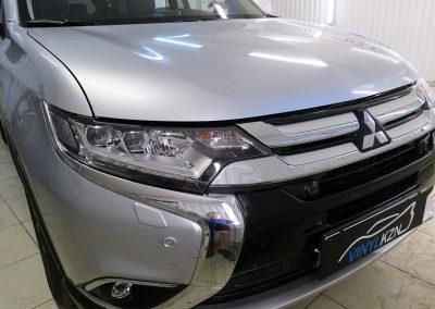 Бронирование антигравийной плёнкой капота, фар — Mitsubishi Outlander