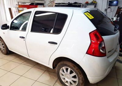 Тонирование задней части авто пленкой 95% UltraVision — Renault Sandero