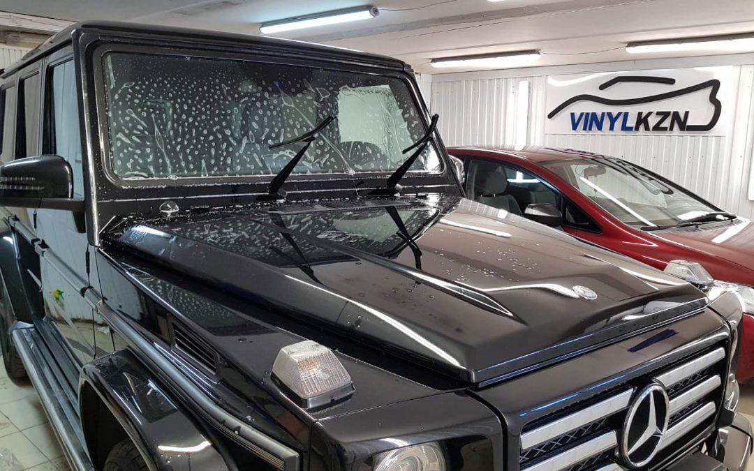 Забронировали лобовое стекло и заменили пару элементов защитной плёнки на кузове Mercedes-Benz G-класс