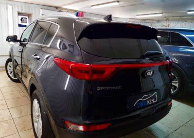 Тонирование задней части автомобиля пленкой LLumar — Kia Sportage