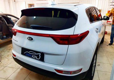 Тонирование пленкой LLumar 95% автомобиля Kia Sportage