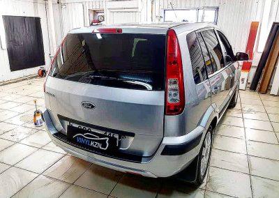 Тонирование премиальной пленкой LLUMAR 95% — Ford Fusion