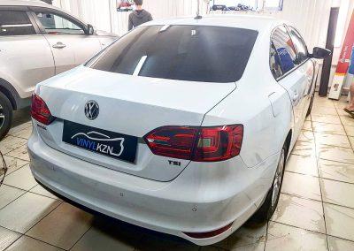 Тонирование пленкой UV Supreme  Thermo с атермальными свойствами — VW Jetta