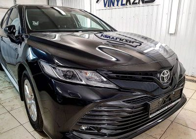 Бронирование деталей кузова французской полиуретановой пленкой Hexis — Toyota Camry