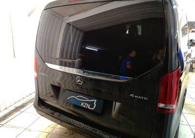Тонировка задней части автомобиля пленкой UltraVision Supreme (Thermo) HP — Mercedes-Benz Vito