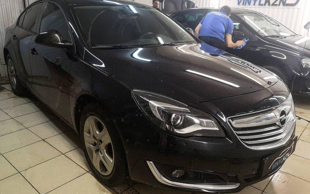 Оклейка молдингов чёрной-матовой пленкой — Opel Insignia