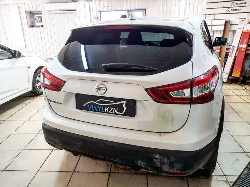 Тонировка стекол автомобиля Nissan Qashqai пленкой ULTRAVISION SUPREME THERMO