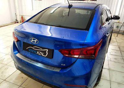 Затонировали заднюю часть автомобиля Hyundai Solaris пленкой Suntek Infinity 10% светопропускания