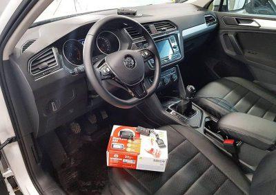 Сертифицированная установка охранного комплекса StarLine A93 с автозапуском — VW Tiguan