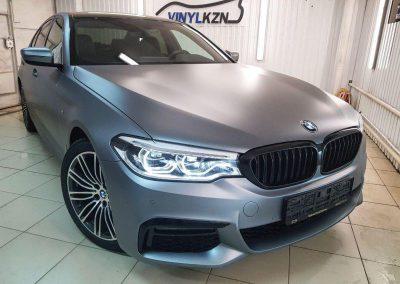 Оклеили весь кузов этого красавца BMW 5 G30 прозрачной матовой пленкой КПМФ толщиной 100 микрон