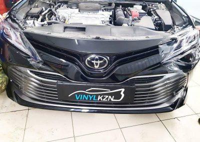 Бронирование передних фар автомобиля Toyota Camry