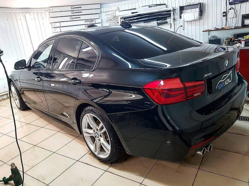 Бронирование передней части авто и зон риска, тонировка стекол пленкой Ultra Vision — BMW 3 серии